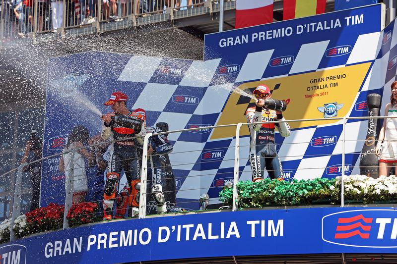 2011: 1. Jorge Lorenzo, 2. Andrea Dovizioso, 3. Casey Stoner