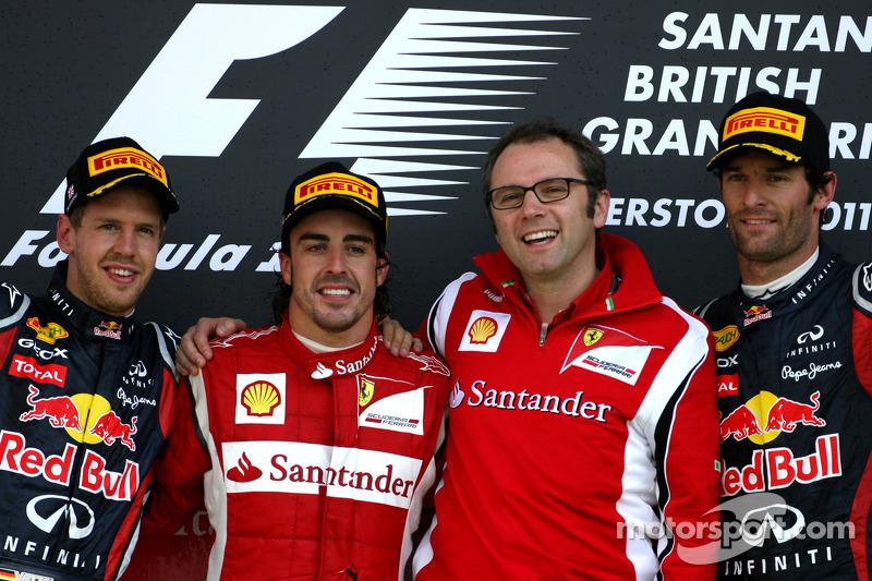 Podio de F1 en Silverstone 2011: 1. Fernando Alonso, 2. Sebastian Vettel, 3. Mark Webber
