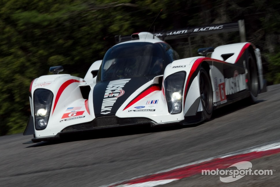 Muscle Milk AMR/Lola Coupe B08 62 on way to Mosport 2011 victory