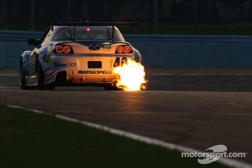 #40 Dempsey Racing Mazda RX-8: Patrick Dempsey, Joe Foster