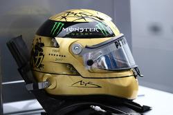 Der Helm von Michael Schumacher, Mercedes GP F1 Team, zum 20-jährigen F1-Jubiläum