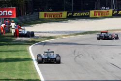 Sergio Perez, Sauber F1 Team stopping on track
