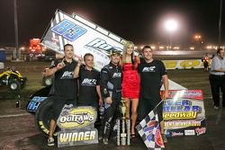 83 Paul McMahan wins Friday night