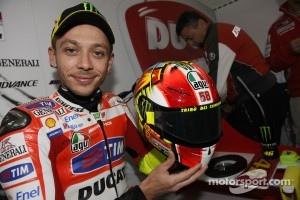 Valentino Rossi, Ducati Marlboro Team displays special helmet design in tribute to his friend Marco Simoncelli