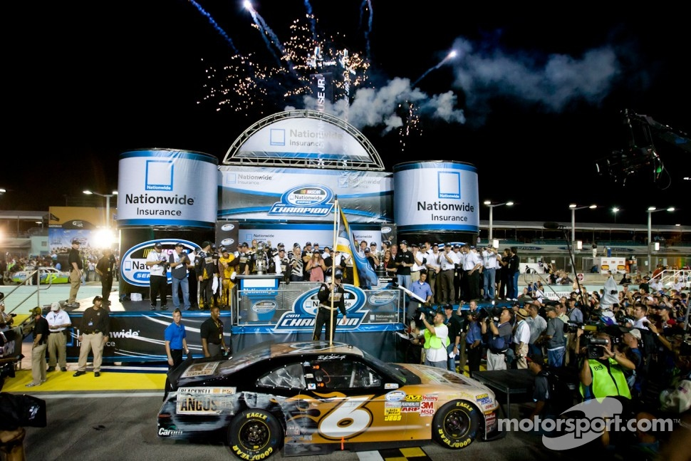 Championship podium: NASCAR Nationwide Series 2011 champion Ricky Stenhouse Jr., Roush-Fenway Ford celebrates