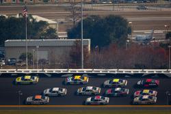 Matt Kenseth, Roush Fenway Racing Ford and Mark Martin, Michael Waltrip Racing Toyota lead the pack