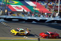 #74 Oryx Racing Audi R8 Grand-Am: Humaid Al Masaood, Saeed Al Mehairi, Steven Kane, #63 Risi Competizione Ferrari 458: Olivier Beretta, Andrea Bertolini, Toni Vilander