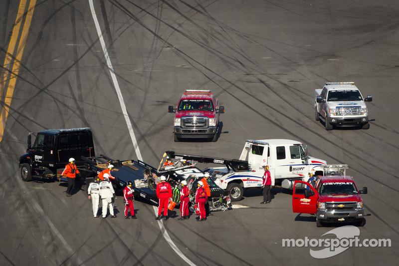 Kyle Busch, Kyle Busch Motorsports Toyota after a crash