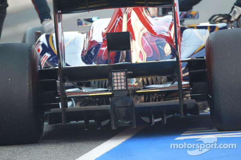 Jean-Eric Vergne, Scuderia Toro Rosso achtervleugel diffuser