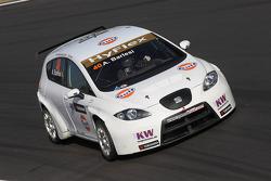Andrea Barlesi, SEAT Leon WTCC, SUNRED Engineering