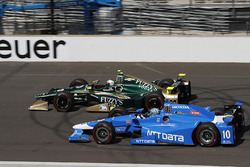 Ed Carpenter, Ed Carpenter Racing Chevrolet, Tony Kanaan, Chip Ganassi Racing Honda