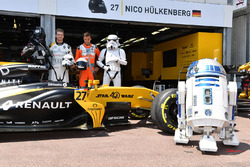 Nico Hulkenberg, Renault Sport F1 Team RS17 and Jolyon Palmer, Renault Sport F1 Team RS17 with Renault Sport F1 Team RS17, Storm Trooper and R2D2