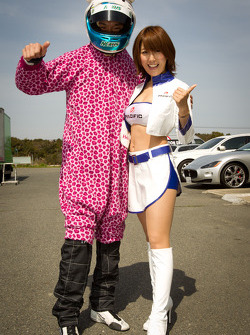 Go-kart charity event: Tomonobu Fujii and a race queen