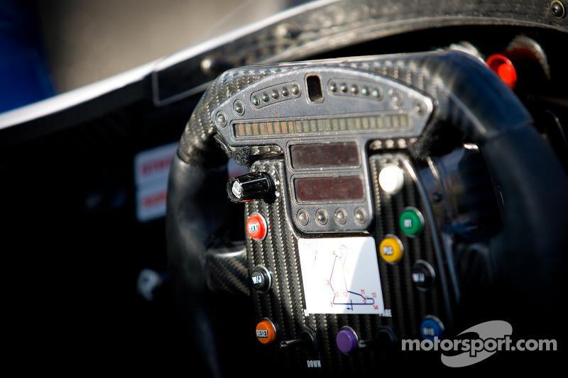 Steering wheel for Rubens Barrichello, KV Racing Technology Chevrolet