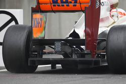 Narain Karthikeyan, HRT Formula One Team HRT rear diffuser detail