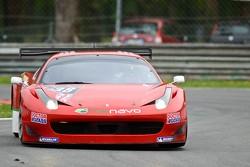 #38 Scuderia: Vittoria Ferrari 458 Italia: Jay Palmer, Michael Lyons, Alessandro Bonetti