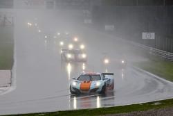 #9 Gulf Racing UK McLaren MP4-12C GT3 Mike Wainwright, Rob Bell