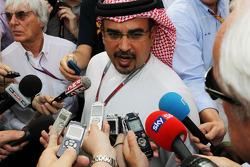 Bernie Ecclestone, CEO Formula One Group, with Crown Prince Shaikh Salman bin Isa Hamad Al Khalifa, and the media