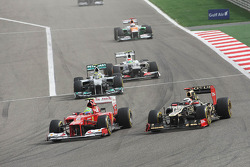 Felipe Massa, Ferrari and Kimi Raikkonen, Lotus battle for position