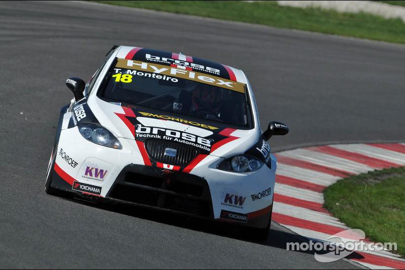 Tiago Monteiro, SEAT Leon WTCC, Tuenti Racing Team