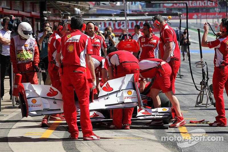 Fernando Alonso, Ferrari in de pits