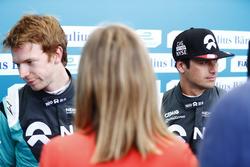 Oliver Turvey, NEXTEV TCR Formula E Team, and Nelson Piquet Jr., NEXTEV TCR Formula E Team