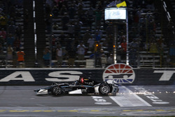 Josef Newgarden, Team Penske Chevrolet crashes