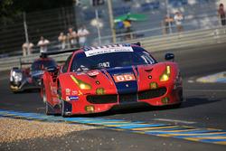 #65 Scuderia Corsa Ferrari 488 GTE: Christina Nielsen, Alessandro Balzan, Bret Curtis