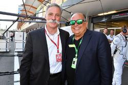 Chase Carey, Vorsitzender F1-Gruppe und Antonio Perez Garibay