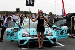 Grid kızı, Jean-Karl Vernay, Leopard Racing Team WRT, Volkswagen Golf GTi TCR