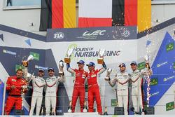 LMGTE Pro Podyum: Yarış galibi  James Calado, Alessandro Pier Guidi, AF Corse, 2. Richard Lietz, Frédéric Makowiecki, Porsche Team, 3. Michael Christensen, Kevin Estre, Porsche Team