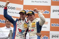 Podium: Winnaars #77 Callaway Competition, Corvette C7 GT3-R: Jules Gounon, Renger van der Zande
