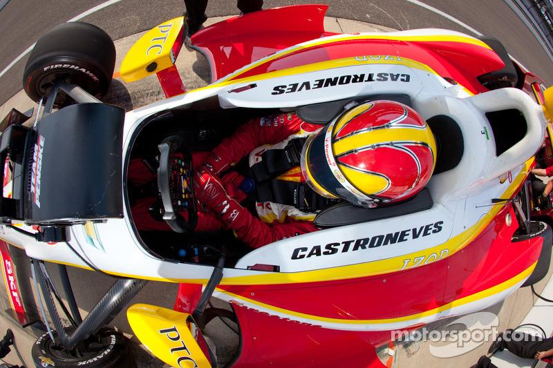 Piloto que mais correu pela Penske na Indy: 325