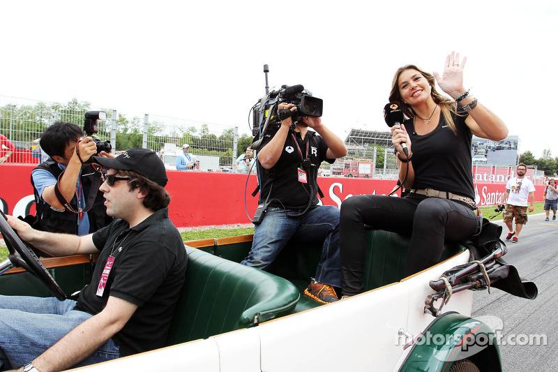Nira Juanco, Antena 3 TV on the drivers parade
