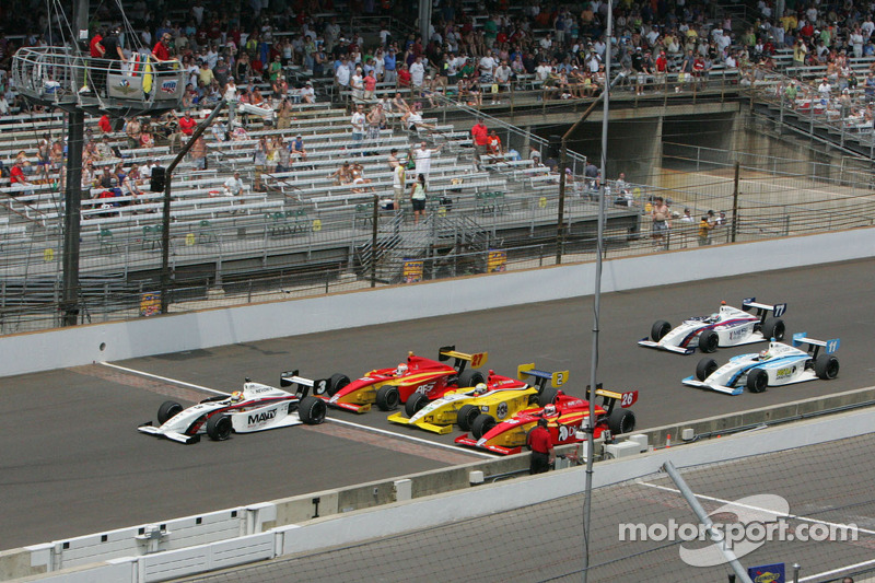 Victor Carbone, Sam Schmidt Motorsports leads at the yard of bricks