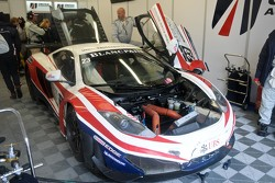 #23 United Autosports McLaren MP4-12C GT3: Mark Patterson, Zak Brown, Mark Blundell
