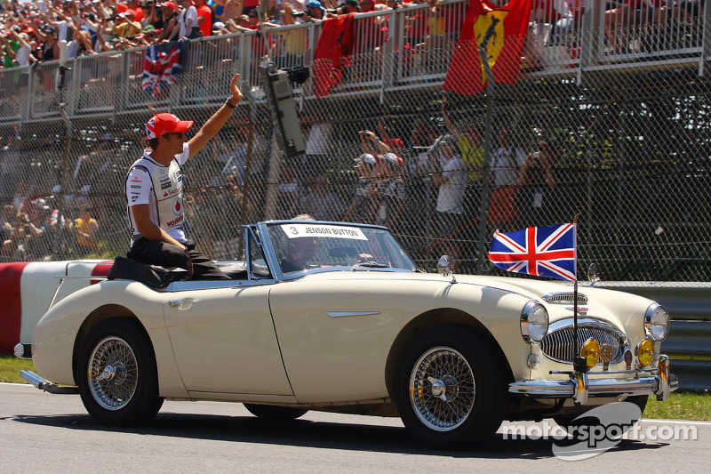 Jenson Button, McLaren Mercedes on the drivers parade