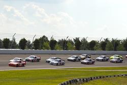 Joey Logano, Joe Gibbs Racing Toyota leads the start