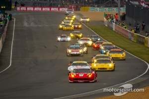 Start on 2012 race - Motul decoration presence