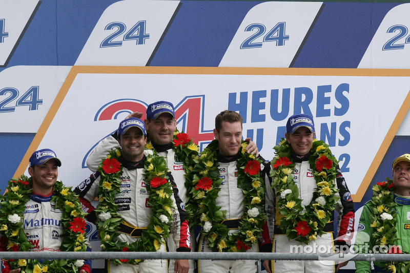 LMGTE Am podium: winnaars in klasse Patrick Bornhauser, Julien Canal, Pedro Lamy