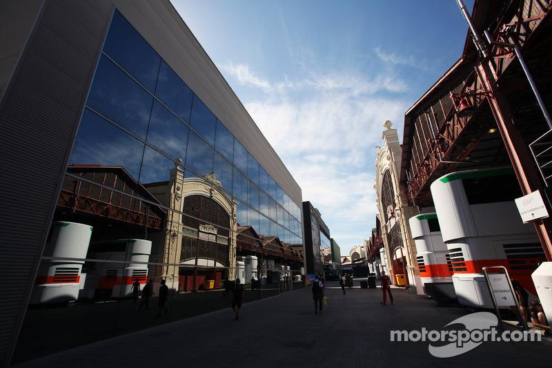 Sahara Force India F1 Team trucks in de paddock