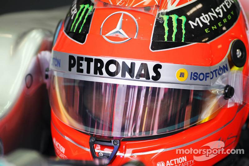 По ходу тренировок Шумахер не опускался ниже седьмой позиции, что давало шанс на хорошую квалификацию