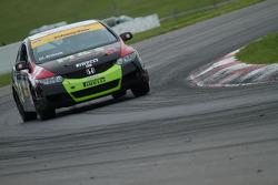 #82 Durabond Racing Honda Civic Si : Gary Kwok