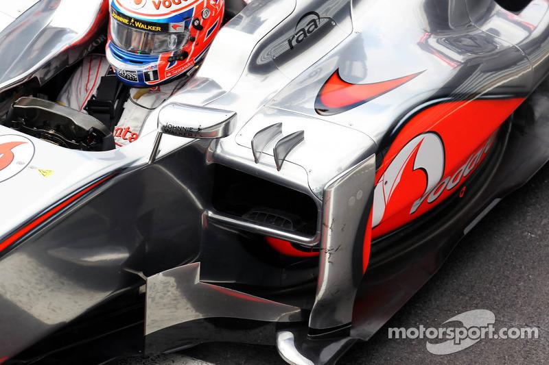 Jenson Button, McLaren sidepod