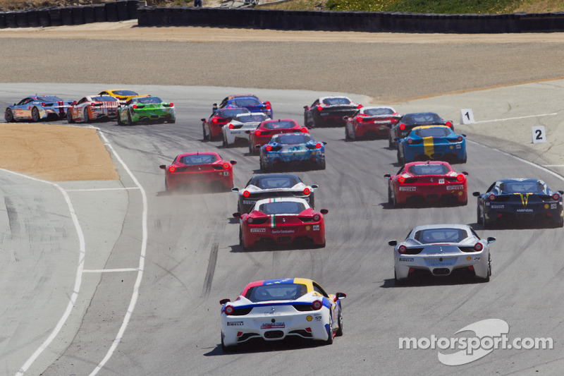 Ferrari Challenge Race #1 Start na bocht 2