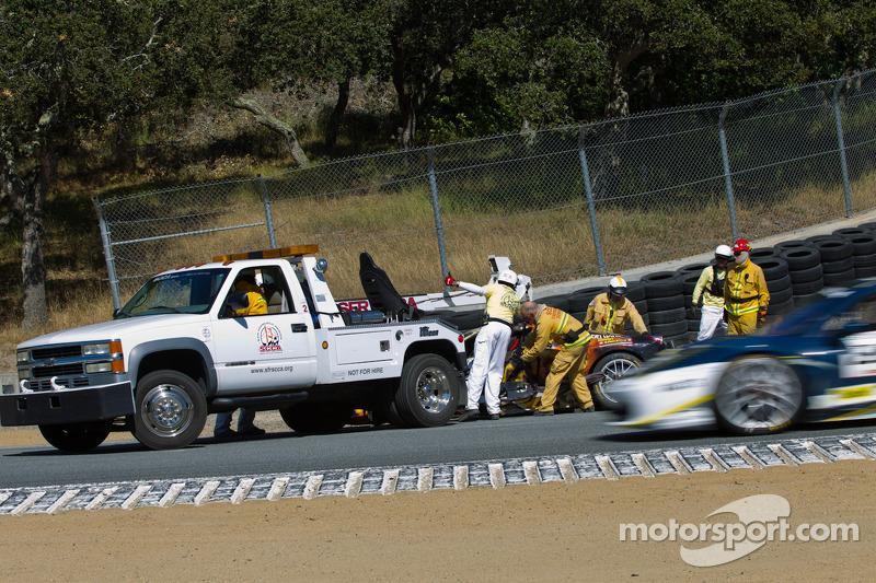 Safety crew bij Ryan Oakey's 458 Itallia