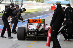 Ma Qing Hua, Hispania Racing F1 Team, Test Driver in the pits