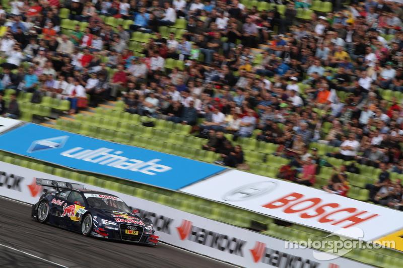 Sunday Round of 16 Joey Hand, BMW Team RMG BMW M3 DTM against Mattias Ekström, ABT Sportsline Audi A5 DTM