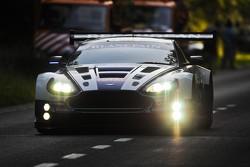 #107 Beechdean - Aston Martin Racing Aston Martin V12 Vantage GT3: Andrew Howard, Jonathan Adam, Phil Dryburgh, John Gaw