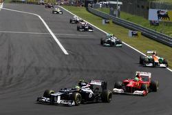 Bruno Senna, Williams leads Felipe Massa, Scuderia Ferrari
